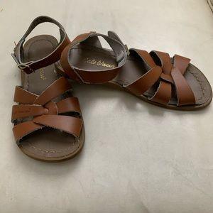 Girls Salt Water Sandals by Hoy kids size 2